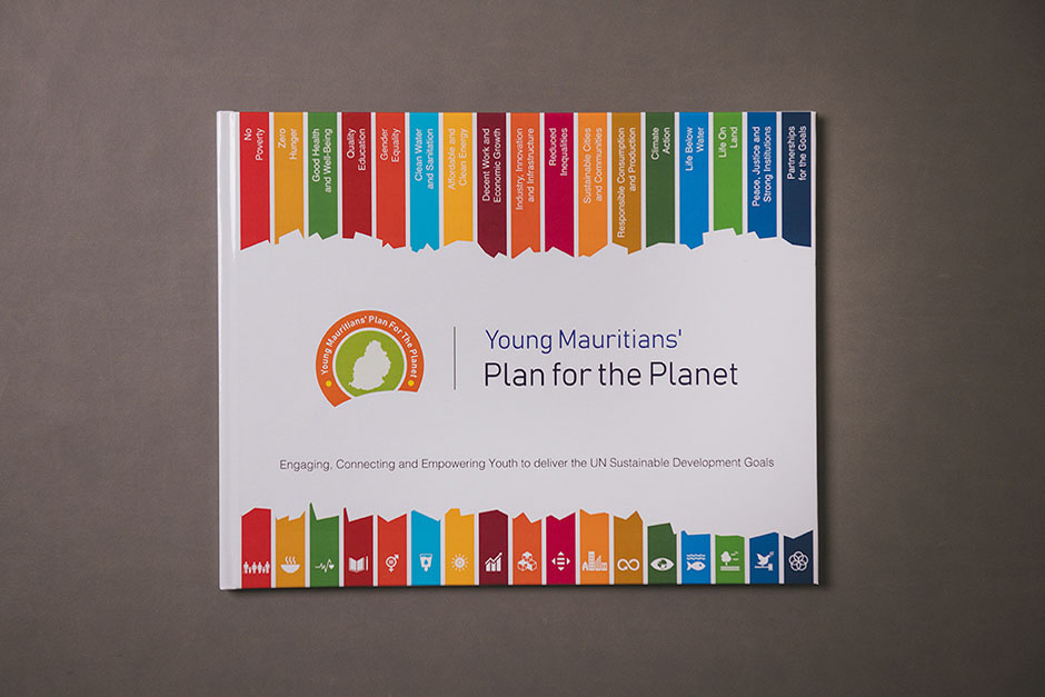 Livre Young Mauritians' plan for the planet, impression Précigraph
